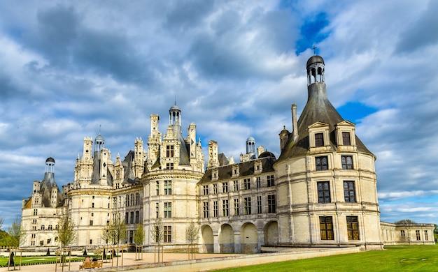 Chateau de chambord, największy zamek w dolinie loary.