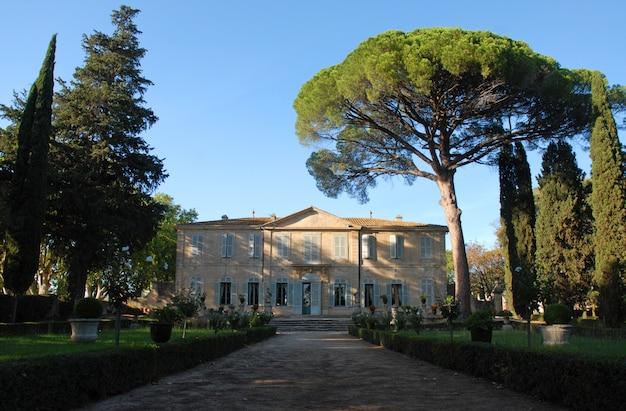 Chateau de la mogere, francja