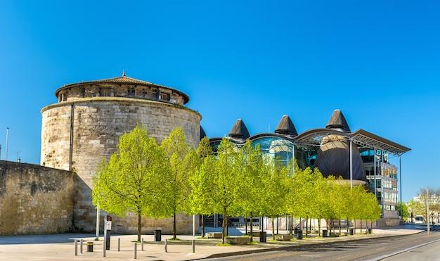 Chateau du ha, starożytna twierdza w bordeaux - francja, gironde
