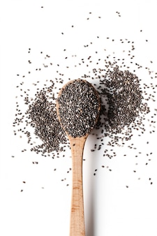 Chia nasiona na drewnianej łyżce
