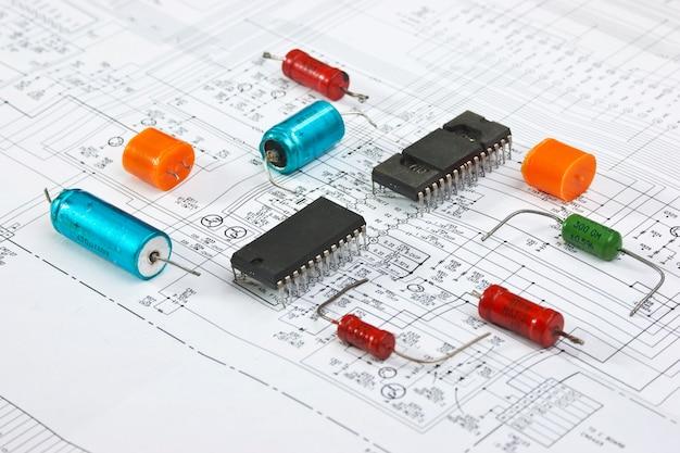 Chip krzemowy na schemacie elektrycznym