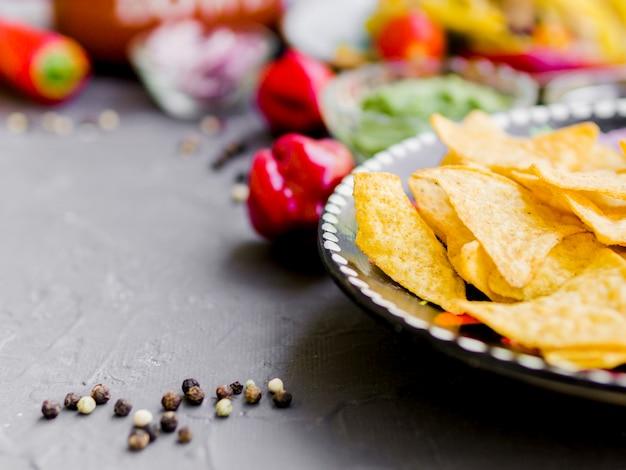 Chipsy kukurydziane z pieprzem
