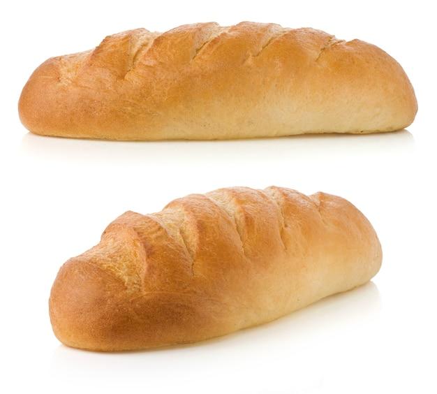 Chleb francuski na białym tle