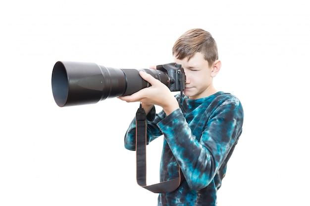 Chłopiec z kamerą