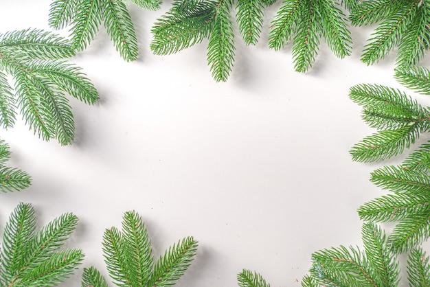Choinka gałęzie rama widok z góry
