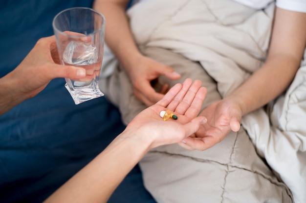Chory otrzymujący leczenie