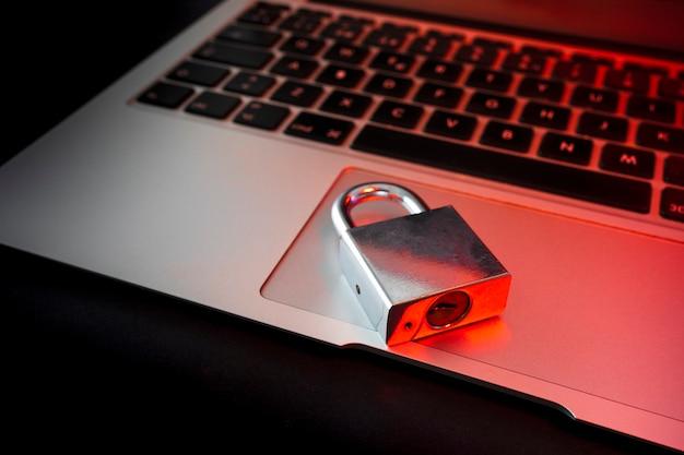 Chroń swoje dane osobowe przed niepowołaną osobą