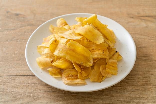 Chrupiące chipsy bananowe