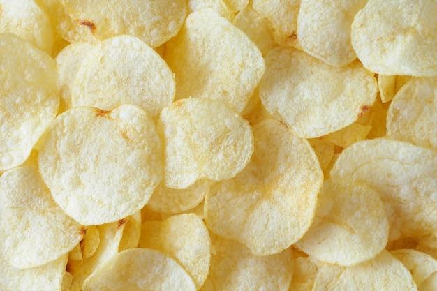 Chrupiące chipsy ziemniaczane przekąska tekstury tła
