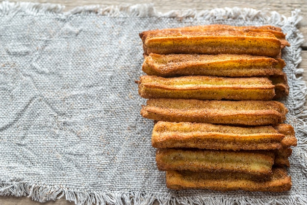 Churros - słynny hiszpański deser