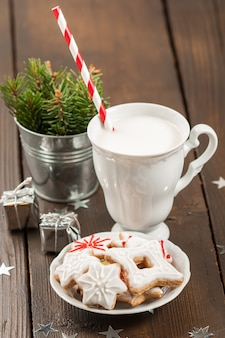 Ciasteczka i kubek mleka, ozdoby chirstmas