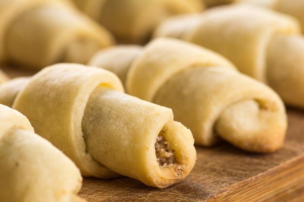 Ciasteczka z orzechami włoskimi, orientalne słodycze mutaki