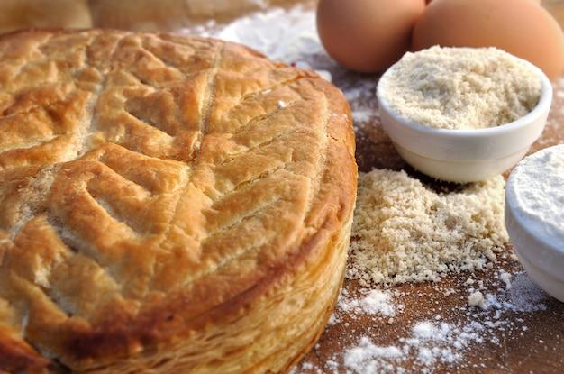 Ciasto francuskie i migdałowe