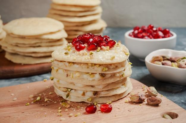 Ciasto marokańskie naleśnikowe - ciasto baghrir.
