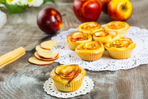 Ciasto słodkie z różą jabłkową