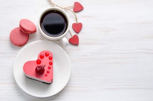 Ciasto sufletowe z filiżanką kawy