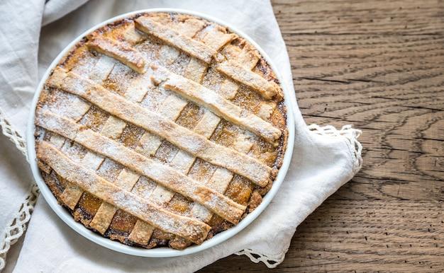 Ciasto z dyni na powierzchni drewnianych