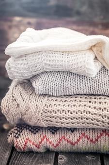 Ciepłe, przytulne swetry