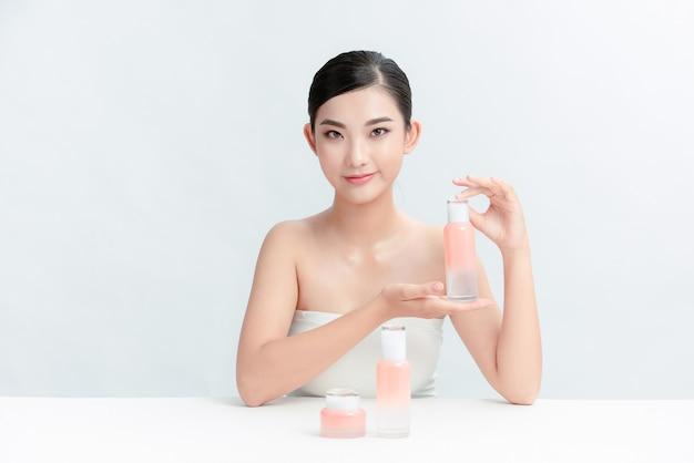 Cieszę się, że blogerka opowiada o pielęgnacji skóry