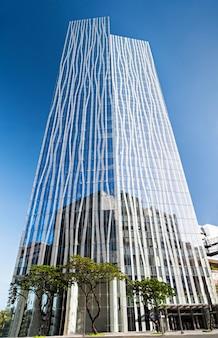 City bank tower