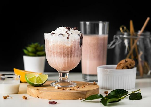 Close-up czekoladowy koktajl mleczny