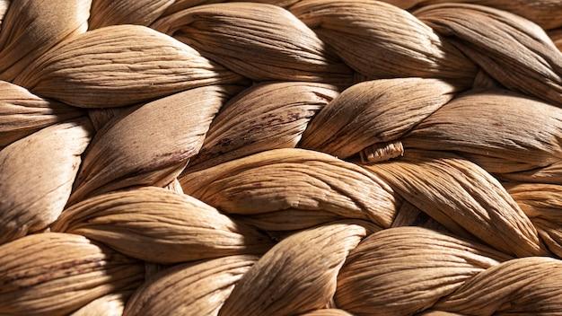Close-up pleciony kosz organiczne tło