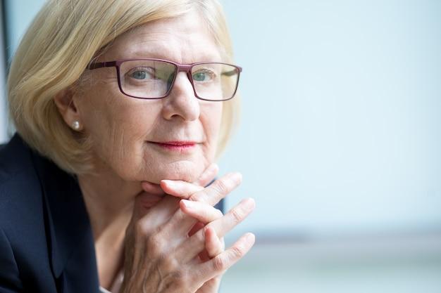 Close-up z przekonania, starszy businesswoman