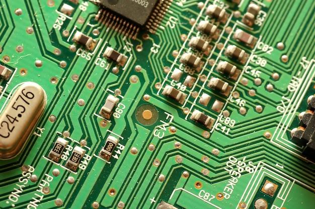 Close-up z układem elektronicznym