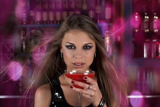 Clubbingowa dziewczyna