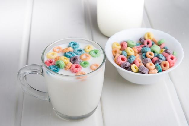 Cooki i mleko na specjalny dzień