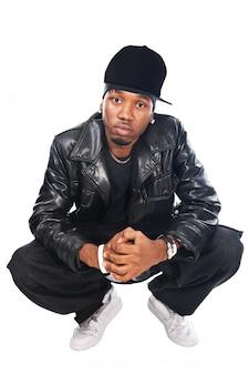 Cool hip-hop młody człowiek na białym