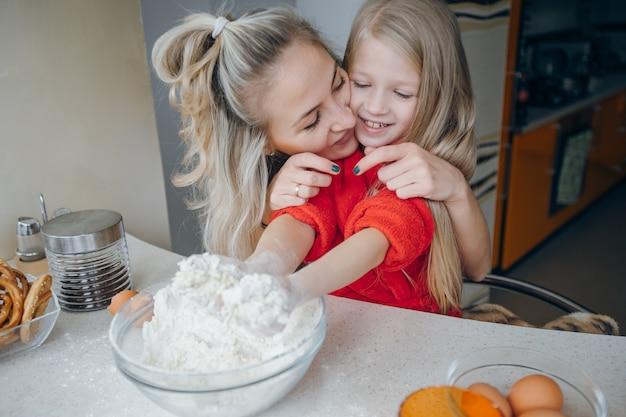 Córka, kobieta, biały domowego włosy