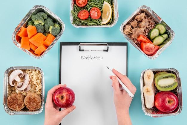 Cotygodniowe menu z zapiekankami i jedzeniem
