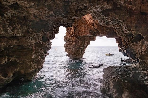 Cova dels arcs śródziemnomorski koszt