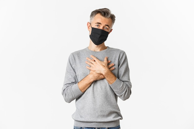 Covid 19, koncepcja pandemii i dystansu społecznego