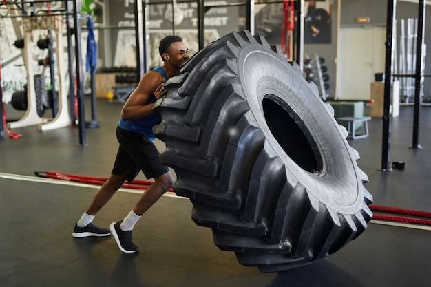 Cross training in gym