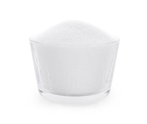 Cukier na białym tle.