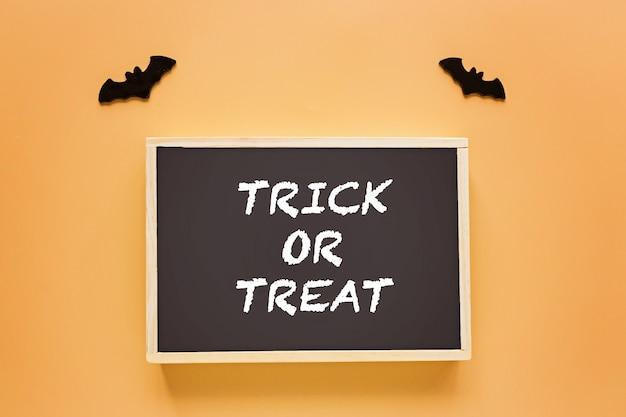 Cukierek albo psikus dekoracja na halloween