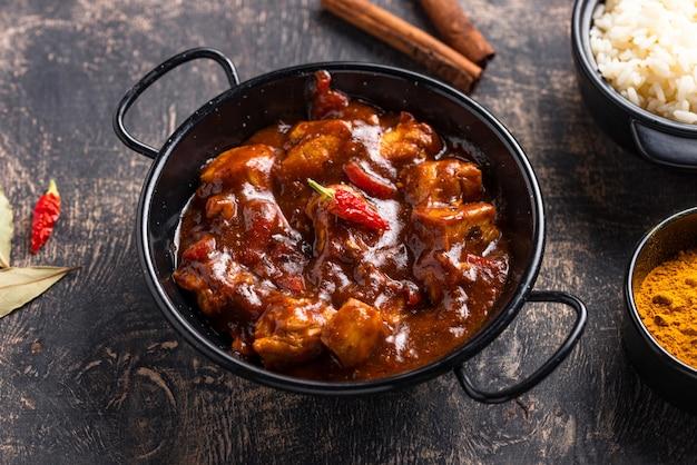 Curry chicken tikka masala z ryżem