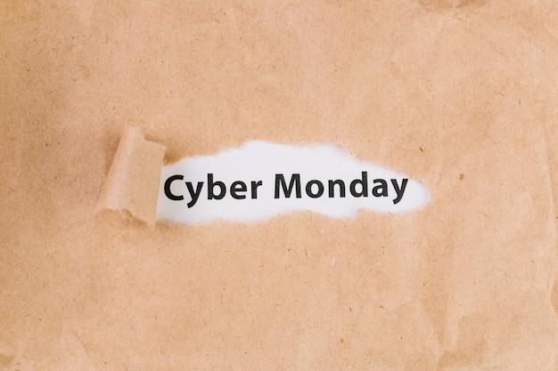 Cyber poniedziałek napis