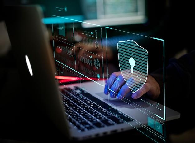 Cyfrowe przestępstwo przez anonimowego hakera