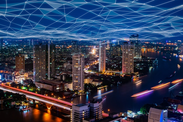 Cyfrowy hologram sieci 5g i internet przedmiotów na mieście