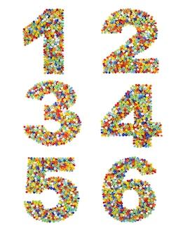 Cyfry od 1 do 6 wykonane z kolorowych szklanych koralików na białym tle