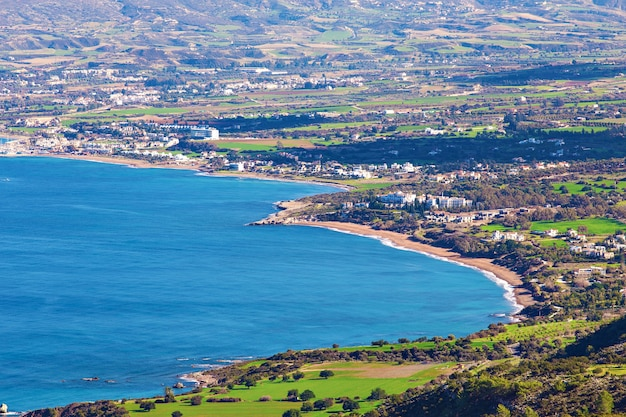Cypr latchi panorama. widok z góry w letni dzień
