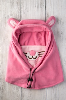 Czapka dziecięca w postaci różowego królika