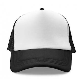 Czarna czapka na białym tle. modny kapelusz do projektowania.