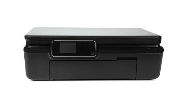 Czarna drukarka wielofunkcyjna na białym tle