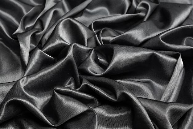 Czarna jedwabna tkanina