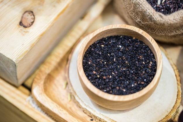 Czarna pieczona sezam bogata w składniki odżywcze i sezam o wysokiej zawartości wapnia