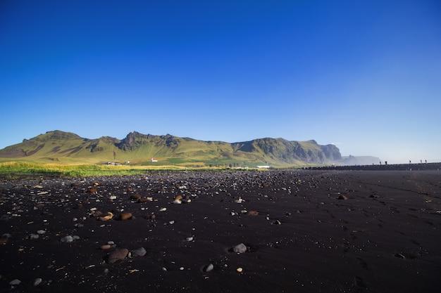Czarna plaża